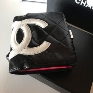 Authentic CHANEL Mateless Cambon Compact Wallet